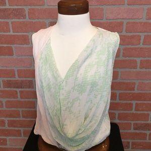 Diane Von Furstenberg silk blouse sleeveless (3D48